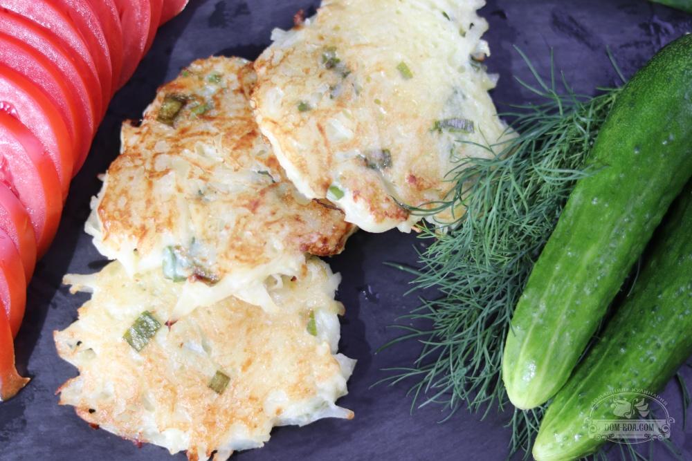 Картофельные драники с зеленым луком