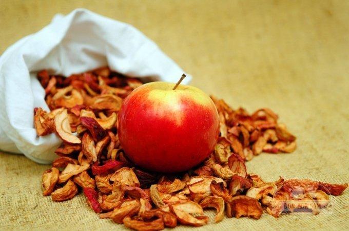 Как хранить сушеные яблоки - Мамин советник