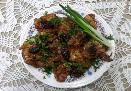 Курица с грибами и помидорами