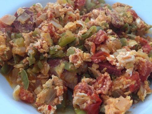 Менемен турецкий омлет с овощами рецепт