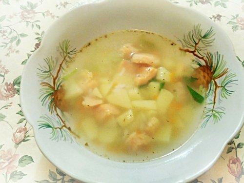 Суп из семги с рисом и пореем