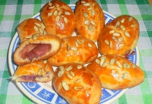 Пирожки с земляникой
