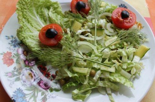 Легкий салат «Цветочная мелодия»