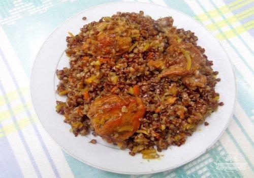 Плов из гречки с мясом кролика