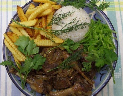 Дикая утка с картошкой и рисом