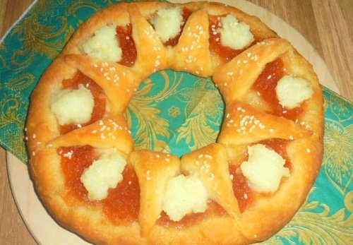 Пирог с повидлом и миндальным пудингом