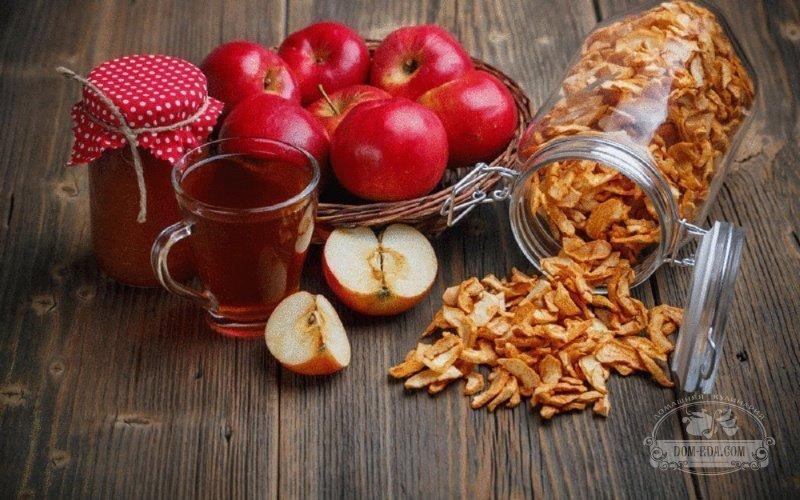 В чем хранить сухие яблоки