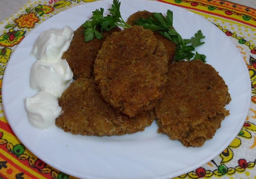 Рецепт луковых котлет с манкой пошагово