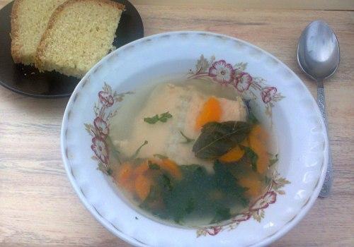 Рыбный бульон из хребта семги (лосося)