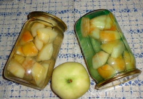 Компот из яблок с лимоном на зиму