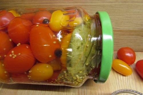 Как мариновать помидоры на зиму с семенами горчицы