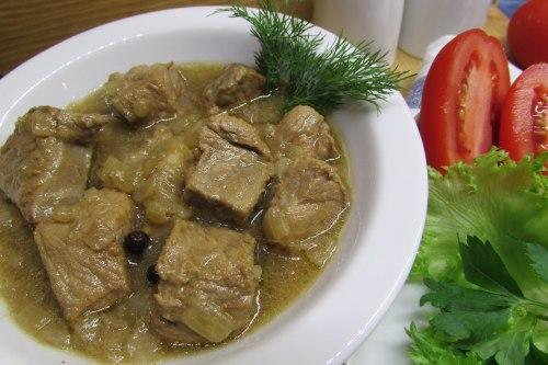 Жаркое из говядины по-еврейски