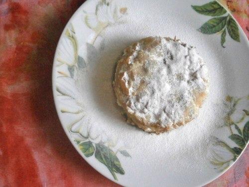 Десерт из манной крупы и яблок