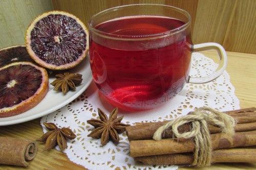 Фруктовый чай с каркаде и пряностями