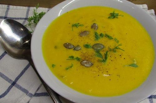 Суп-пюре из запеченной тыквы со сливками