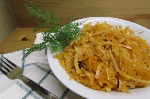Гарнир из свежей и квашенной капусты