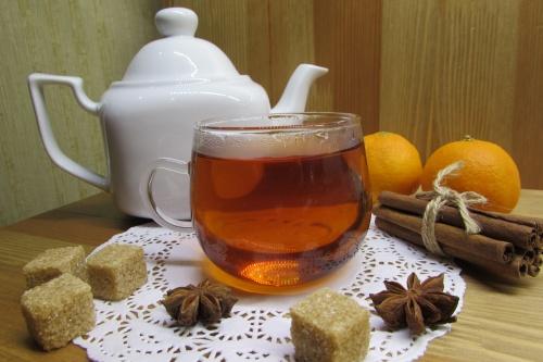 Зимний чай с мандариновыми корчками и специями