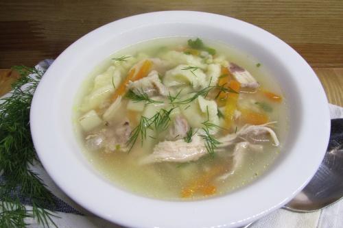 Куриный суп с клецками и булгуром